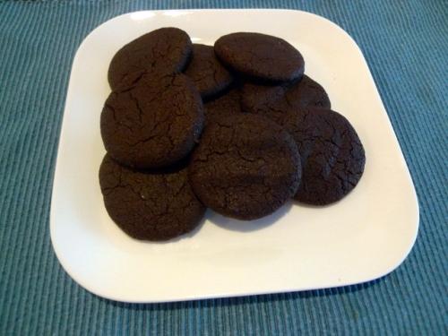 Chewy_chocolate_rasberry_cookies_1