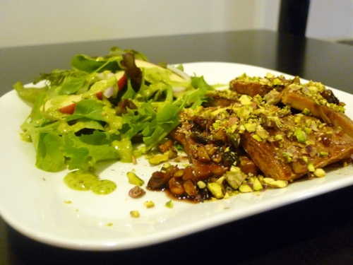 Tofu_with_pistachio-pomegrante_sauce_and_arugula_and_apple_salad_with_creamy_mustard_dressing